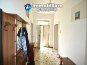 Detached country house with land for sale in Roccaspinalveti 12