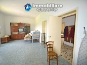 Detached country house with land for sale in Roccaspinalveti 15