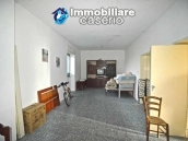 Detached country house with land for sale in Roccaspinalveti 16