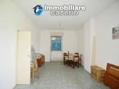 Detached country house with land for sale in Roccaspinalveti 17