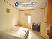 Detached country house with land for sale in Roccaspinalveti 20