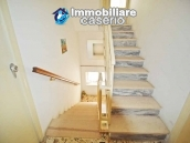 Detached country house with land for sale in Roccaspinalveti 23