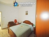 Detached country house with land for sale in Roccaspinalveti 8