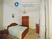 Detached country house with land for sale in Roccaspinalveti 9