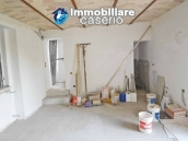 Country house to complete for sale in Lanciano, Abruzzo 12