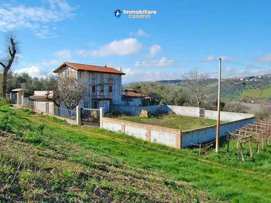 Country house to complete for sale in Lanciano, Abruzzo