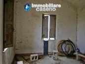 Country house to renovated for sale in a panoramic position, Abruzzo 7