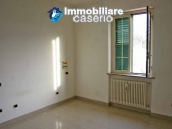 Villa with garden, panoramic view and excellent conditions for sale in Atri, Abruzzo 11