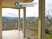 Villa with garden, panoramic view and excellent conditions for sale in Atri, Abruzzo 4