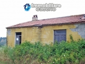 Country house to renovate in a panoramic view for sale in Atri, Abruzzo 2