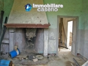 Country house to renovate in a panoramic view for sale in Atri, Abruzzo 5