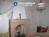 Habitable two bedrooms house with terrace for sale in Molise 10