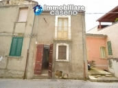 Town house to renovate for sale with cheap price, Abruzzo 1