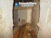 Town house to renovate for sale with cheap price, Abruzzo 10
