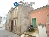 Town house to renovate for sale with cheap price, Abruzzo 2