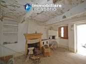 Town house to renovate for sale with cheap price, Abruzzo 4