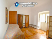 Stone town house, habitable and with courtyard for sale in Bomba, Abruzzo 12