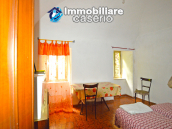 Stone town house, habitable and with courtyard for sale in Bomba, Abruzzo 9
