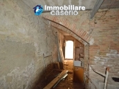 Properties for sale in the region of Molise - Stone house to be restored 12