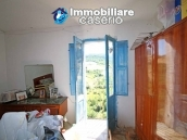 House with views of the hills for sale in Abruzzo region, Dogliola 6