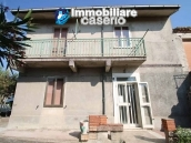 Semi-detached house with land and habitable for sale in Casalanguida, Abruzzo 1
