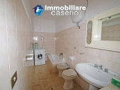 Semi-detached house with land and habitable for sale in Casalanguida, Abruzzo 10