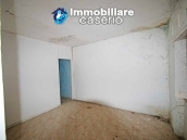 Semi-detached house with land and habitable for sale in Casalanguida, Abruzzo 9