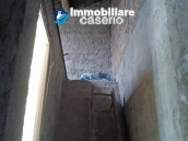 Habitable town house with panoramic terrasse for sale in Molise 15