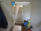 Character country house, habitable for sale in Roccaspinalveti, Abruzzo 16