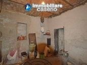 Character country house, habitable for sale in Roccaspinalveti, Abruzzo 19
