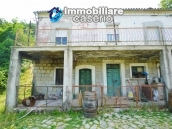 Character country house, habitable for sale in Roccaspinalveti, Abruzzo 2