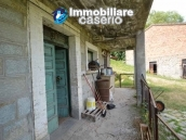 Character country house, habitable for sale in Roccaspinalveti, Abruzzo 25