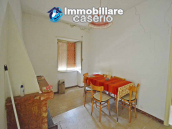 Italian property with a garden and terrace for sale in Roccaspinalveti 4