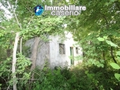 Stone cottage with well and hectares for sale in Abruzzo 2