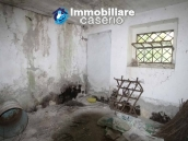 Stone cottage with well and hectares for sale in Abruzzo 4