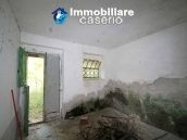 Stone cottage with well and hectares for sale in Abruzzo 6