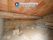Detached property with courtyard for sale in Molise, Mafalda 12