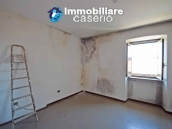 Detached property with courtyard for sale in Molise, Mafalda 8