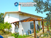 House with sea view, olive trees for sale near Nature Reserve of Punta Aderci. 3