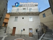 Habitable spacious house for sale on Abruzzo s hills 1