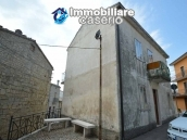 Habitable spacious house for sale on Abruzzo s hills 25