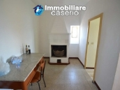 Habitable town house sea view for sale in a Medieval Castle town, Abruzzo 8