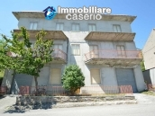 Selling house in Italy with terrace in Aruzzo, Roccaspinalveti 1