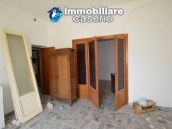 Selling house in Italy with terrace in Aruzzo, Roccaspinalveti 22