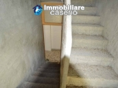 Selling house in Italy with terrace in Aruzzo, Roccaspinalveti 25
