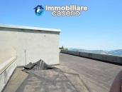 Selling house in Italy with terrace in Aruzzo, Roccaspinalveti 36