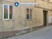Spacious town house on two floors of about 200 sq m for sale in Abruzzo 8