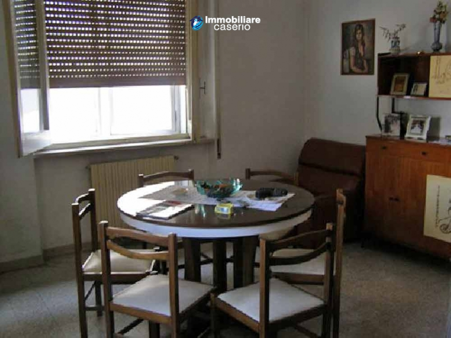 Spacious town house on two floors of about 200 sq m for sale in Abruzzo