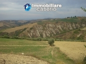 Rural house to renovate with 14.5 hectares for sale in Atri, Teramo 11