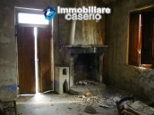 Rural house to renovate with 14.5 hectares for sale in Atri, Teramo 4